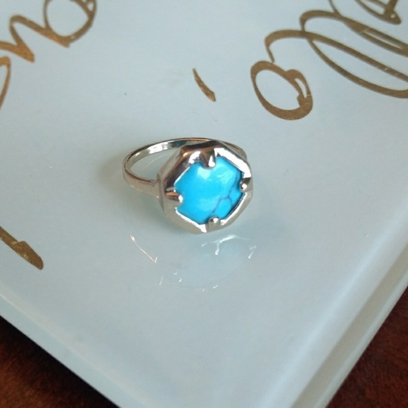 Express Jewelry - New express turquoise ring
